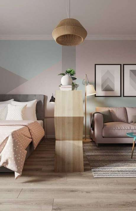 49. Decoração em tons pastéis com abajur de pé para sala de estar – Foto: Apartment Therapy
