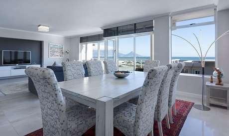 4. Decoração clean para sala de jantar de apartamento – Foto: Pixabay