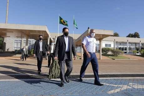 O vice-presidente da República Hamilton Mourão em viagem para Angola.