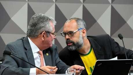 O blogueiro Allan dos Santos na CPI das Fake News