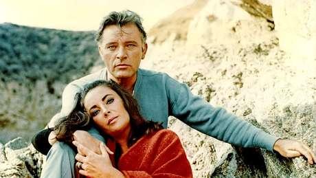 O 'amour fou' e o estilo de vida luxuoso de Elizabeth Taylor e Richard Burton eram uma espécie de afrodisíaco para o público