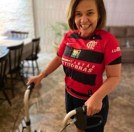 Claudia foi diagnosticada com esclerose múltipla no ano 2000.