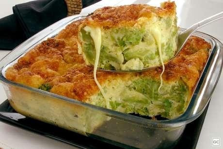 Guia da Cozinha - Receita de torta cremosa de brócolis deliciosa