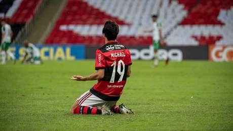 Desde janeiro de 2020 no Flamengo, Michael vive a sua melhor fase pelo clube (Foto: Alexandre Vidal / CRF)