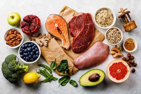 Alimentação no tratamento contra o câncer; entenda como ela ajuda