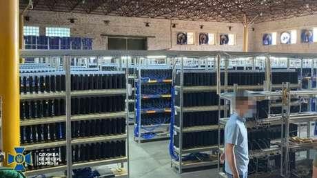 Autoridades ucranianas acreditavam que consoles PS4 apreendidos eram usados para minerar criptomoedas
