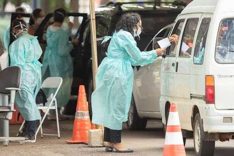 Drive-thru para vacinação contra a Covid-19 em Brasília