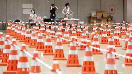 Controle sanitário contra a covid-19 no centro de imprensa da Olimpíada
