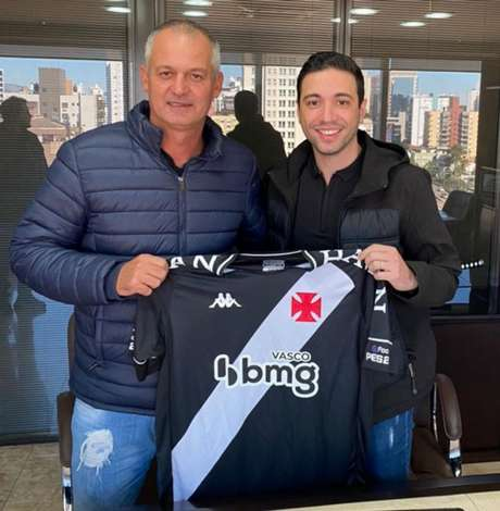 Lisca assinou com o Vasco até dezembro deste ano (Foto: Divulgação / Vasco)
