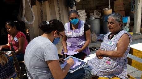 No México, ONG Pure Earth ajuda trabalhadores da cerâmica a fazer a transição para esmaltes sem chumbo