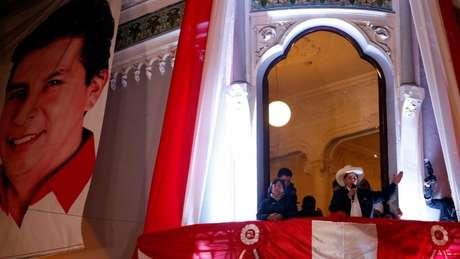 Castillo foi proclamado vencedor da eleição presidencial peruana nesta segunda-feira (19/7)