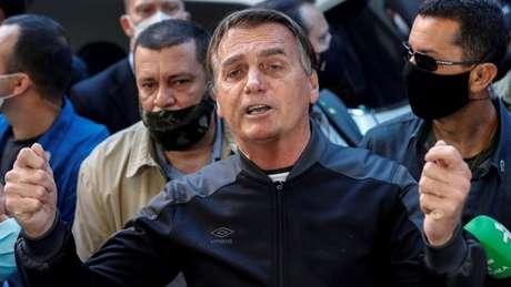 Bolsonaro elogiou a droga proxalutamida ao deixar hospital em SP