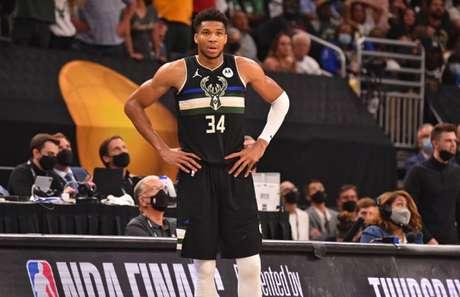 Giannis Antetokounmpo foi eleito MVP das finais da NBA (Jesse D. Garrabrant/AFP)