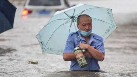 Chuvas fortes devem continuar até quinta, segundo serviço meteorológico chinês
