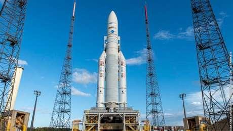 Foguete da Arianespace levará StarOne D2 da Claro ao espaço
