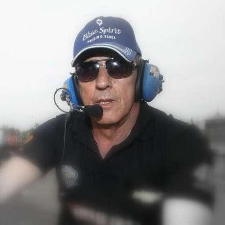 A família de Artur Bragantini confirmou a morte do ex-piloto