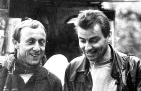 Luigi Bergamin em uma foto com Cesare Battisti datada de 1990