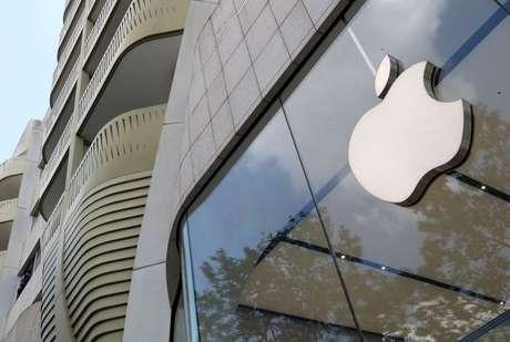 Logo da Apple em Bruxelas  REUTERS/Yves Herman