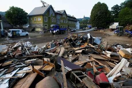 Área devastada pelas enchentes causadas pelas fortes chuvas em Schuld, na Alemanha 20/07/2021 REUTERS/Thilo Schmuelgen