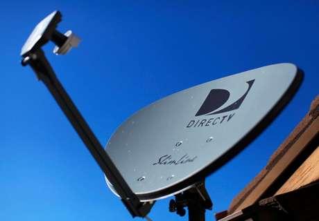 Antean de satélite da DirecTV. 5/11/2014. REUTERS/Mike Blake