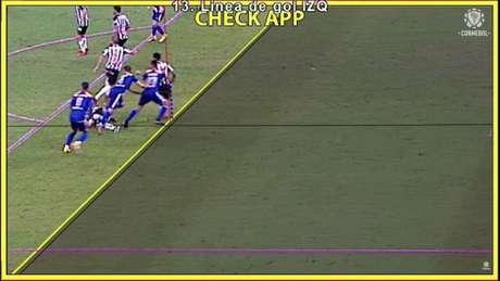 O VAR viu uma irregularidade no gol do time argentino, que acabou sendo anulado-(Reprodução/Conmebol)