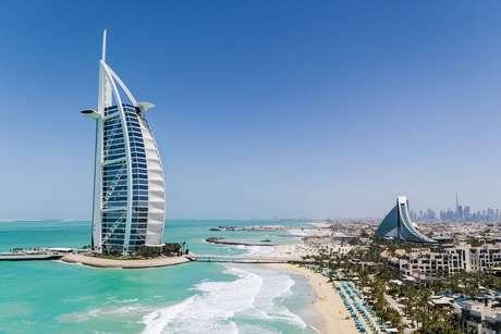 Burj Al Arab. Basicamente um AirBnB