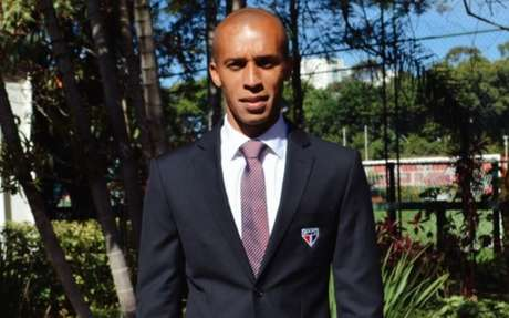 São Paulo fechou parceria com marca de trajes sociais (Foto: Fellipe Lucena/São Paulo FC)