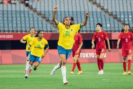 Andressa Alves comemora gol na goleada do Brasil sobre a China na estreia Sam Robles/CBF