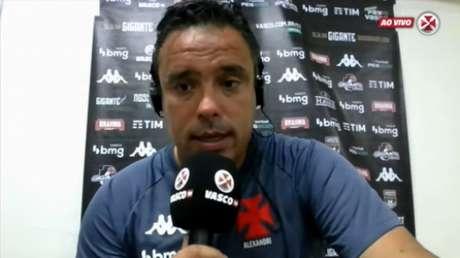 Técnico comandou o Vasco interinamente (Foto: Reprodução/Vasco TV)