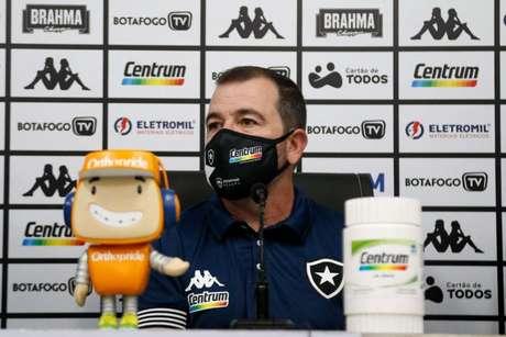 Enderson Moreira durante a sua apresentação como novo técnico do Botafogo (Foto: Divulgação/Botafogo)