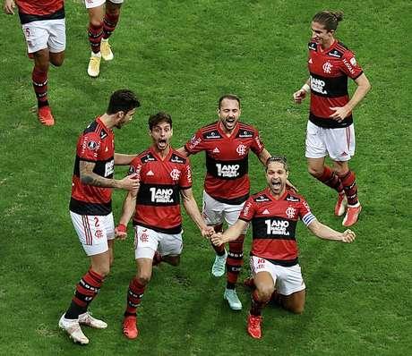 Flamengo celebra nova fase, sob o comando de Renato Gaúcho