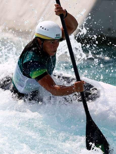 Ana Sátila avança à semifinal na canoagem slalom k1 da Olimpíada