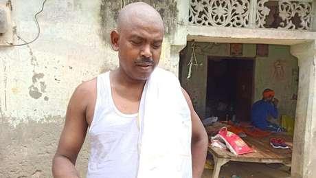 Il padre ha detto che ha lavorato duramente per mandare i suoi figli, Neha compresa, a scuola.