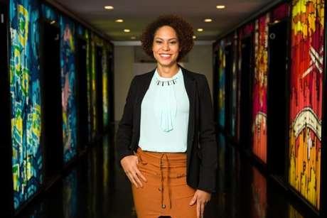 Samanttha Neves participou da primeira turma do Next Step e em abril deste ano foi efetivada como Líder de Análise.