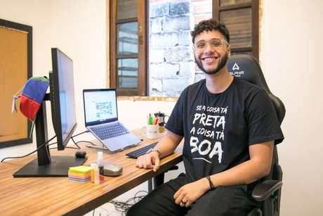 João Victor Nascimento participou da 1ª turma do programa e hoje atua como Gerente de Contas.