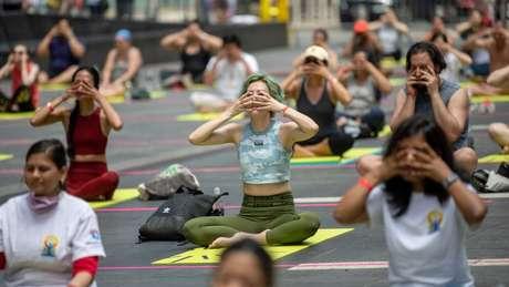 Atividades como a ioga têm o potencial de estimular o nervo vago