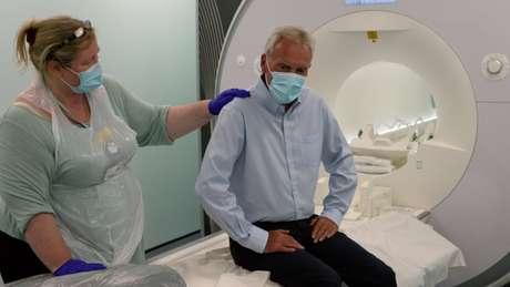 Di solito sono necessarie diverse scansioni cerebrali per diagnosticare la demenza.