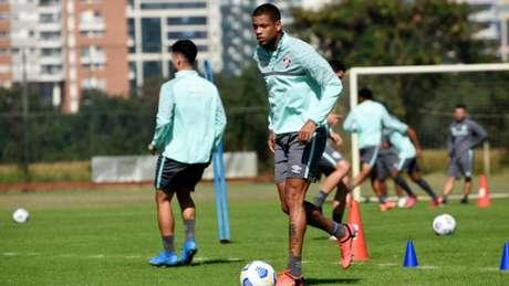 Caio Paulista não se recuperou a tempo de reforçar o Fluminense na quinta (Foto: Mailson Santana/Fluminense FC)