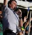 """Bolsonaro critica """"idiotas"""" que ainda defendem ficar em casa"""