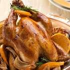 Saiba como fazer um saboroso frango assado sem errar