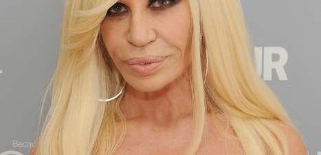 Donatella Versace diz que dorme em freezer para ficar jovem