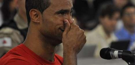 Prisão de jurada pode anular julgamento que condenou goleiro Bruno