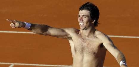 Berlocq supera Simon e coloca Argentina na semifinal da Davis