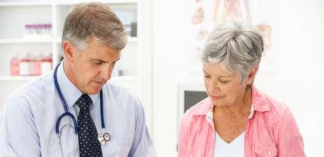 Tres consecuencias de la menopausia para la sonrisa