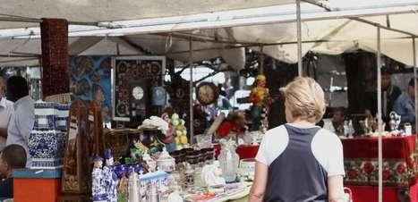 Feira de antiguidades em SP reúne compras, comida e cultura