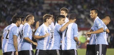 Argentina vence Peru e garante 1º lugar das Eliminatórias Sul-Americanas