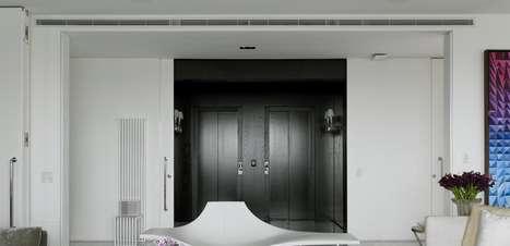 Apartamento espaçoso abriga estilos de várias épocas em SP