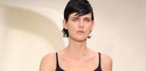 Dior aposta em preto e branco na semana de alta-costura em Paris