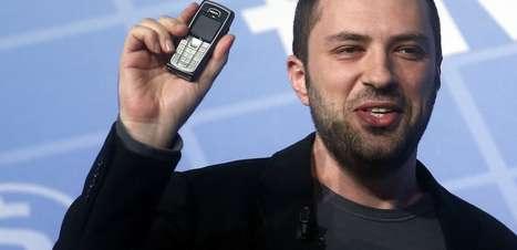 Saiba por que os criadores do WhatsApp têm celulares antigos