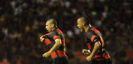 Sport faz valer mando e abre vantagem sobre Ceará em final